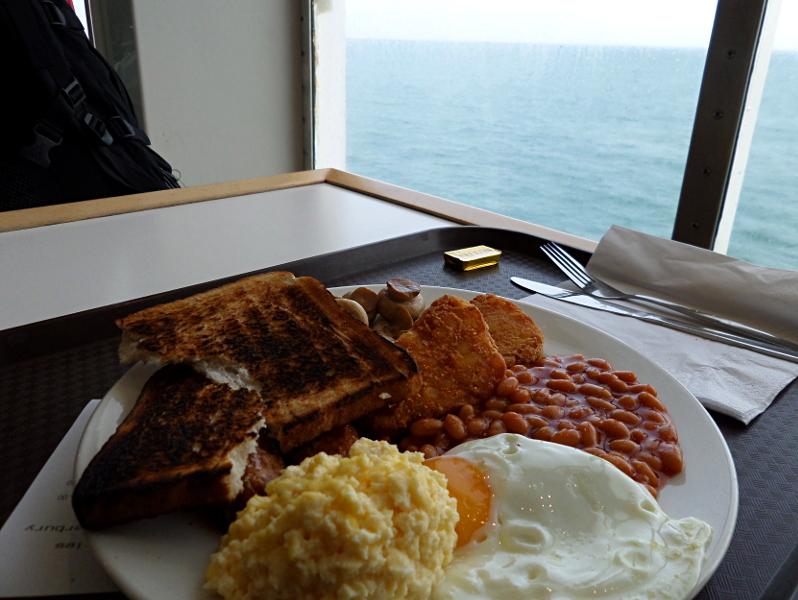 English Breakfast auf der Fähre Calais - Dover