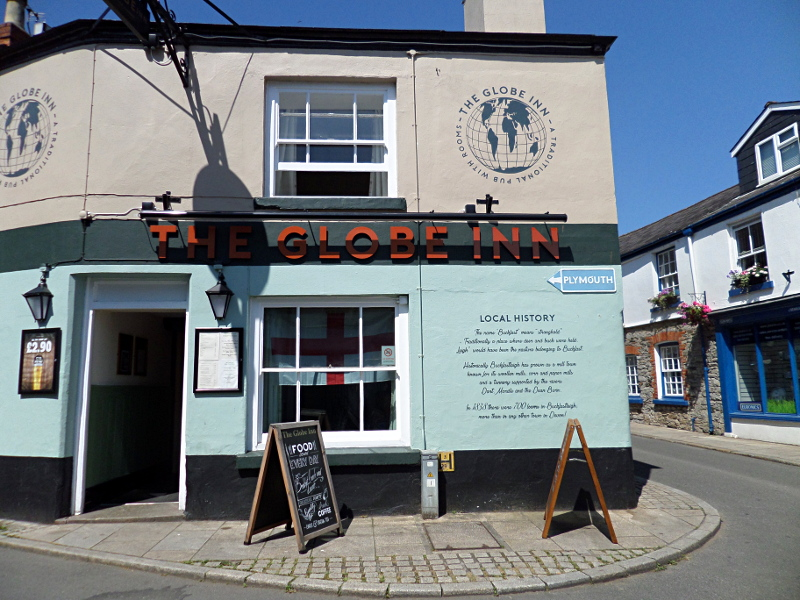 Buckfastleigh, The Globe