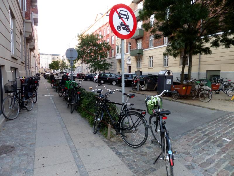 Abgestellte Lastenräder in Kopenhagen