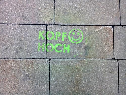 Stencil Graffiti am Wiener Pflaster - mit dem Motto für das Neue Jahr