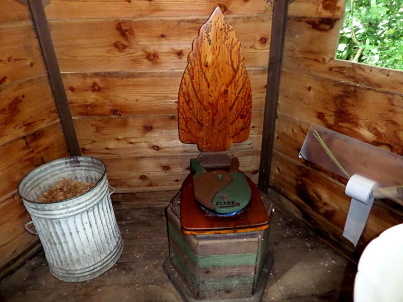 Monkton Wyld Court, die Komposttoilette
