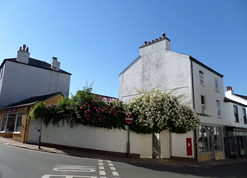 Totnes, High Street / Collins Road
