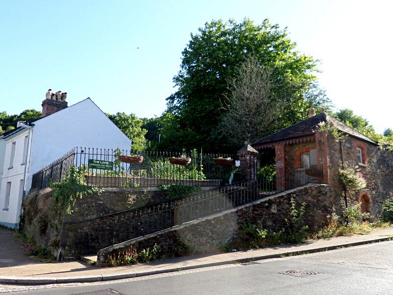 Lamb Garden in Totnes